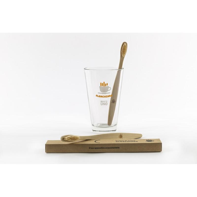 bicchiere e spazzolino